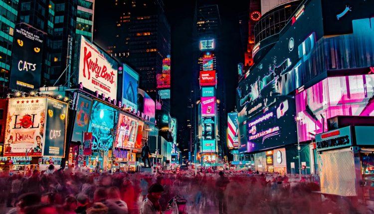 Большинство потребителей положительно относятся к персонализированной рекламе.